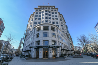 Why is a Lafayette Square office better than a Pennsylvania Avenue office?